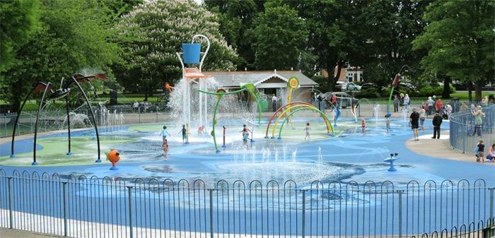 Transformación de una piscina en un parque de agua VORTEX en Cardiff