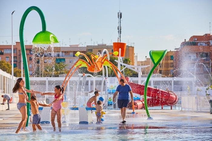 VORTEX reconvierte la piscina municipal de Paterna en un parque de agua sin profundidad