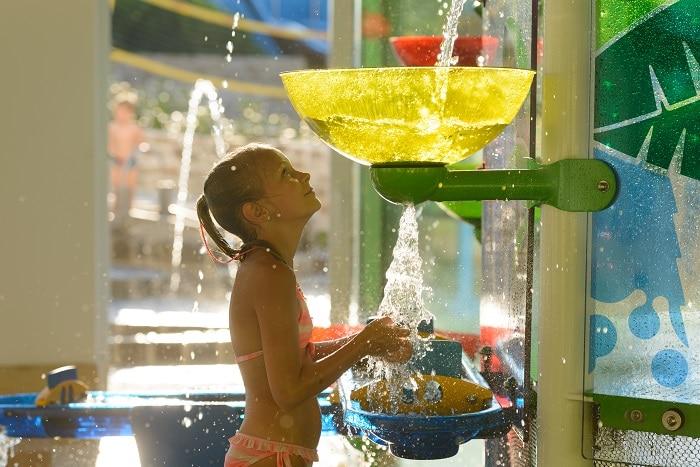 Tecnología avanzada en los juegos infantiles acuáticos de Vortex