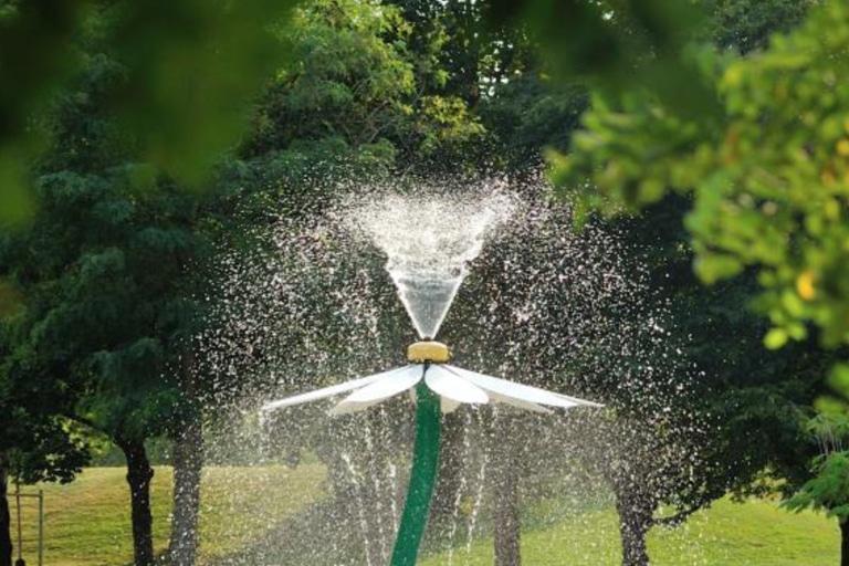El parque con juegos de agua sin profundidad Splashpad y sus circunstancias
