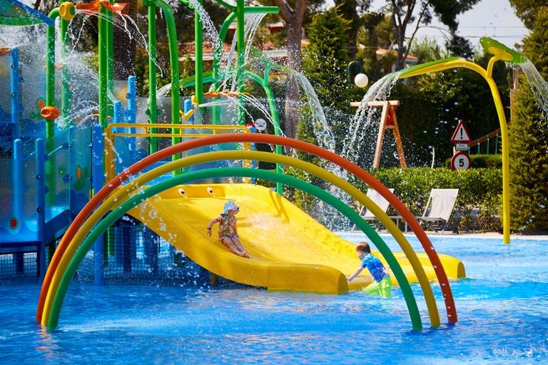Diseño en los juegos para parques acuáticos de VORTEX