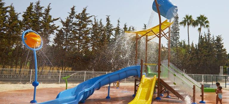 ¿Por qué incluir un parque acuático sin profundidad en un proyecto hotelero?