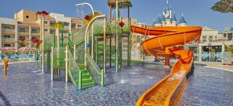 PrecisionRide: solución para tu proyecto de resort con toboganes acuáticos