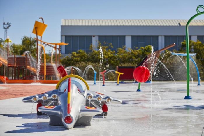 Recreación acuática avión Plus Ultra para parque de agua