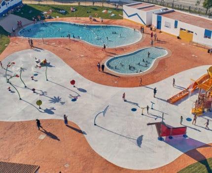 Parque de agua sin profundidad de Vortex en Palos de la Frontera