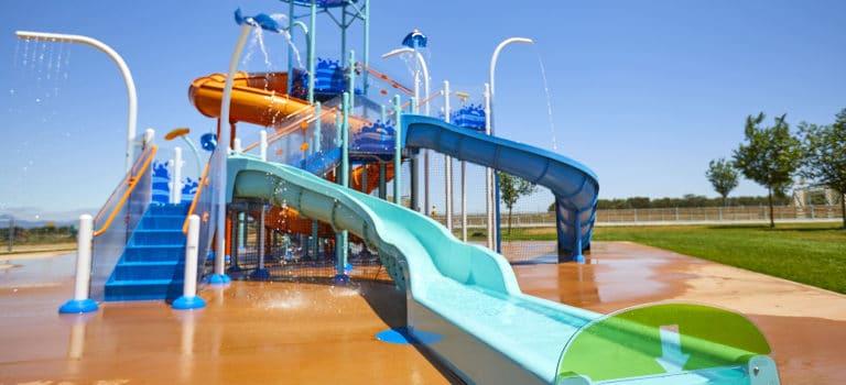 Destaca tu proyecto contract con las soluciones de ocio acuático de VORTEX