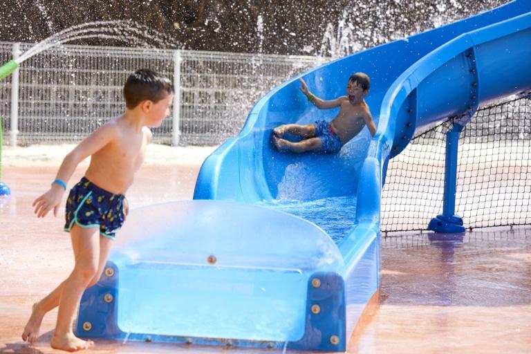 Hoteles con toboganes acuáticos; diversión en estado puro