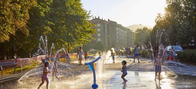 Ejemplos de proyectos urbanísticos con soluciones para parques de agua de VORTEX