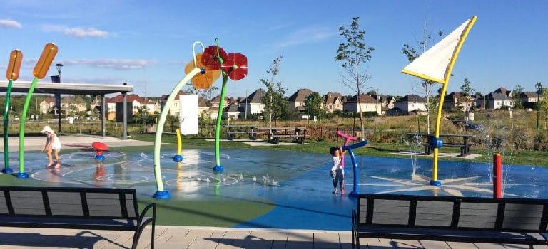 ¿Es viable incluir un parque de agua en la ciudad?