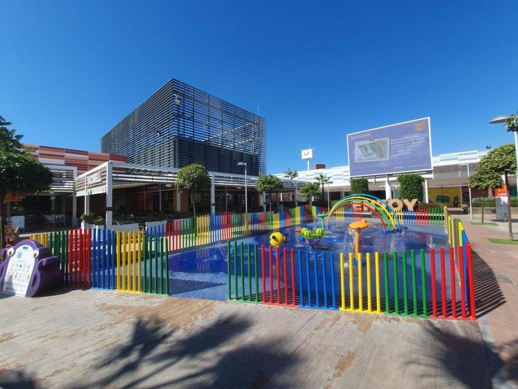 Parque de agua sin profundidad en IKEA Luz Shopping Centre